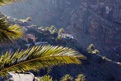 A vila nas montanhas no amanhecer Fotos de Stock