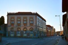 Vila Nova de Gaia, Portugal - stedelijke architectuur op een stadsstraat royalty-vrije stock foto's