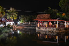 Vila oriental na noite Imagem de Stock