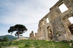 Vila pequena das épocas romanas, Itália fotografia de stock royalty free