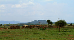 Vila tradicional do Masai em Kenya imagem de stock royalty free