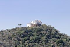 Vila Velha, convento di Penha sulla cima di un'alta montagna Immagine Stock