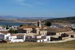 Vila Whitewashed, Bornos, a Andaluzia, Spain. Foto de Stock Royalty Free