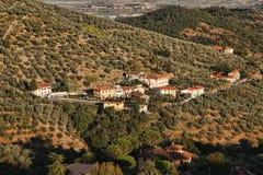 Vilage dans le vignoble, chianti, Toscane photos stock