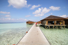 vilamendhoo海岛马尔代夫看法  免版税库存图片