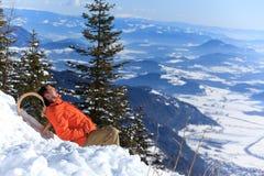 vilande snow för man Royaltyfri Fotografi
