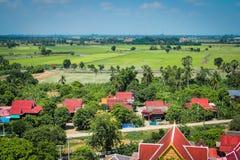 Vilas tailandesas na cidade de Angthong, Tailândia foto de stock royalty free