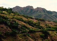 Vilcabamba谷和在背景的Mandango 免版税库存照片