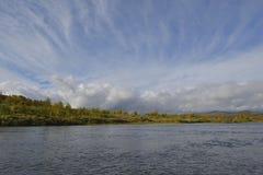 Vildmarksägen το φθινόπωρο στη Σουηδία Στοκ φωτογραφία με δικαίωμα ελεύθερης χρήσης