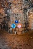 Vilken väg att gå? royaltyfri bild