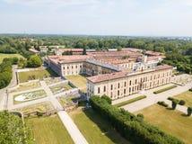 Villa Arconati, Castellazzo, Bollate, Milan, Italien flyg- sikt Villa Arconati, Castellazzo, Bollate, Milan, Italien royaltyfri fotografi