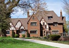 Villa auf dem See Stockbild