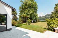 Villa bianca, patio Fotografie Stock