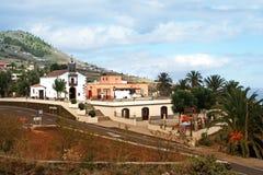 Villa color giallo canarino, La Palma Fotografie Stock Libere da Diritti