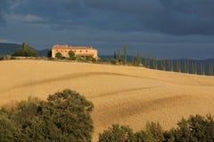 Villa dans la campagne toscane photos stock