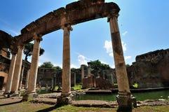 Villa di Hadrian, Tivoli - il teatro marittimo Fotografia Stock