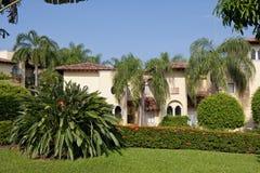 Villa with garden Royalty Free Stock Photos