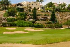 Villa in golfcursus Stock Afbeeldingen