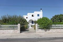 Villa i Grekland, Rhodes ö Royaltyfri Foto