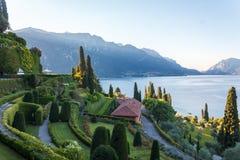 Villa i sjön Como Royaltyfri Fotografi