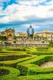 Villa italienne de Bagnaia de conception de buisson de haie de jardin de Parterre Lante Viterbe Latium - Italie images stock