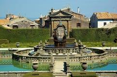 Villa Lante, vierkante fontein Royalty-vrije Stock Fotografie