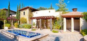 Villa mediterranea tradizionale Fotografia Stock Libera da Diritti