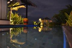 Villa met privé pool Royalty-vrije Stock Foto's