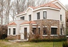 Villa moderna. Immagini Stock