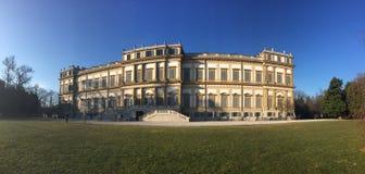 Villa Reale, Monza, Italien 01/15/2017 Kunglig personträdgårdar och parkerar av Monza Arkivfoto
