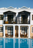 Villa and swimming pool Royalty Free Stock Photography
