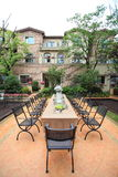 Villa tropicale con il giardino Immagine Stock