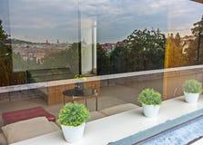 Villa Tugendhat med reflexion av Brno Arkivbilder