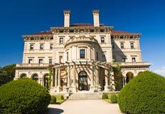 Villa und Gärten Lizenzfreies Stockbild