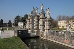 VillaContarini panoramautsikt av en forntida villa av Andrea Pal Arkivbilder