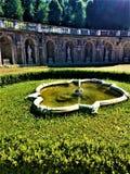 Villadella Regina i Turin, Piedmont, springbrunn och statyer royaltyfri foto