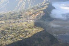 Villagage di Cemoro Lawang dell'altopiano fotografia stock libera da diritti