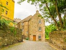 Village,爱丁堡市和旅游胜地的中世纪村庄教务长 爱丁堡,苏格兰,英国 库存照片