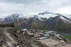 Village antique Khynalyg, Azerbaïdjan de highmountains Bâtiments, maisons et mode de vie images stock