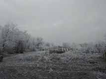Village d'hiver ruiné Photos stock