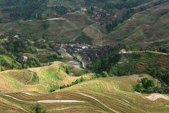 Village dans la terrasse de Longji, Guilin Image libre de droits