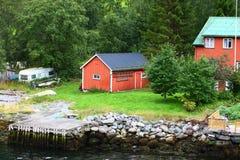 Village de l'Europe dans le fjord Image libre de droits