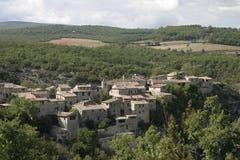 Village dans le Luberon, France du sud-est Photographie stock libre de droits