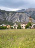 Village dans les Alpes français Image stock