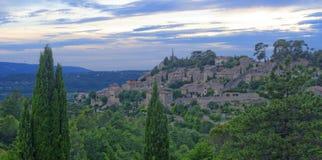 Village de Bonnieux en Provence photo stock