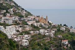 Village de côte Salerno Italie de Praiano Amalfi Image stock