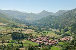 Village de Carmona, la Cantabrie Photos stock