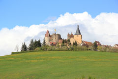 Village de Châteauneuf-en-Auxois en Bourgogne Images libres de droits