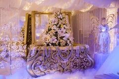 Village de décorations de Noël des marchés de Noël de Santa Claus Italy images libres de droits