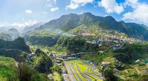 Village de Faial et voie de kart, île de la Madère, Portugal image libre de droits